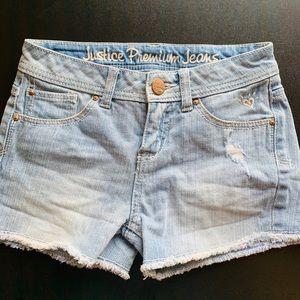 Girls jean shorts, size 10R